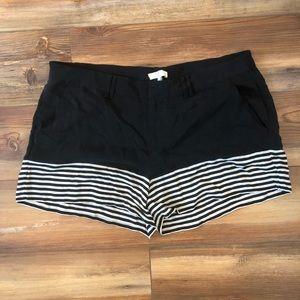 NWT Joie Black/White striped Silk Shorts Size Sm